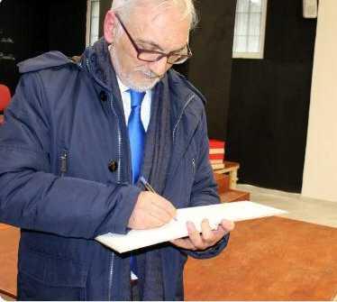 """Intervista del direttore di Radionoff al poeta lucano Prospero Cascini, autore di oltre 40 poesie raccolte in due libri entrambi dal titolo """"Il Girotondo"""""""