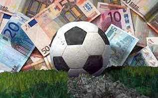 """Superlega: il calcio dei """"Paperoni"""""""