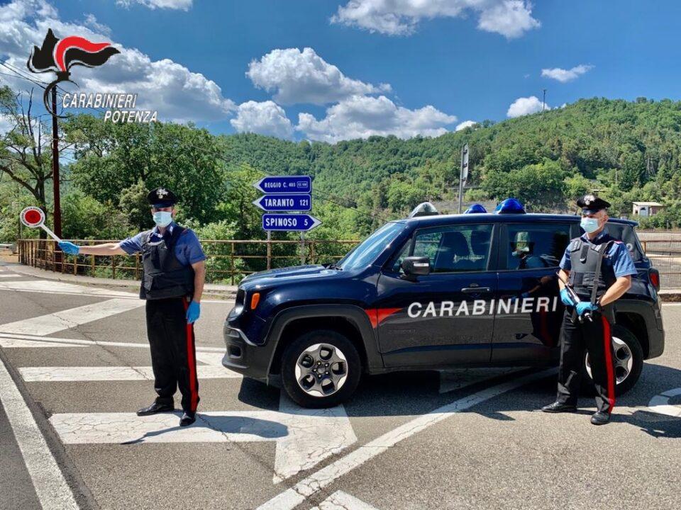 Controlli dei Carabinieri sulle strade del Potentino