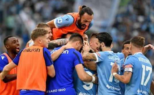 Calcio, serie A. Lazio-Roma: 3 a 2