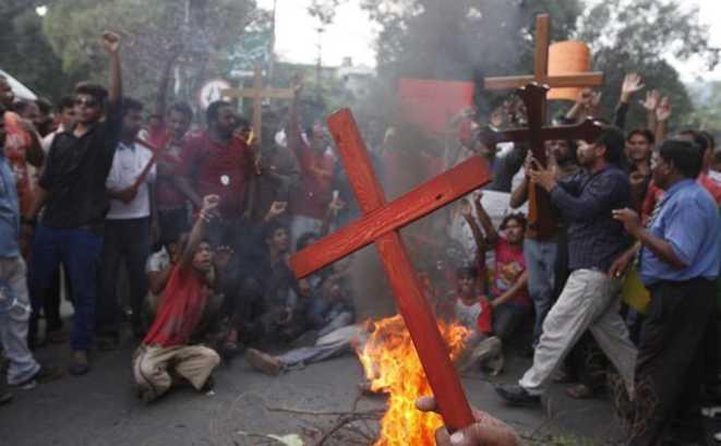 L'inferno vivente dei cristiani in Pakistan