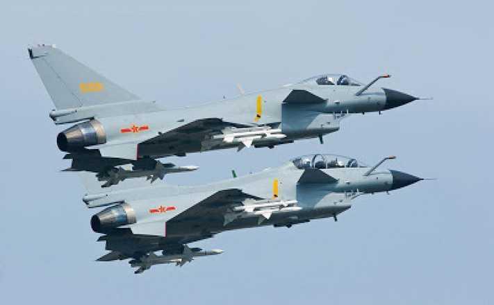 Decine di aerei militari cinesi sopra Taiwan