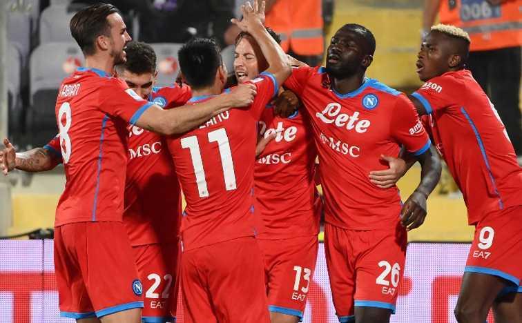 """Serie A. Napoli """"settebello"""" primo a punteggio pieno"""